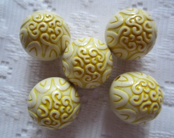 6  Sunny Yellow & Cream Etched Ornate Round Acrylic Beads  19mm