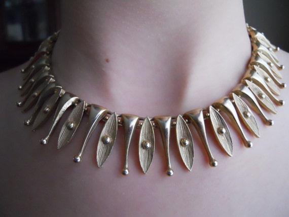 Stunning Early 1960s Egyptian Temptress Necklace by Sarah Coventry, Signed - Gold Tone Collar Style