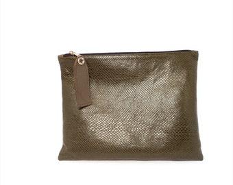 Snake Skin Zipper Clutch Purse, Dark Army Green Faux Leather