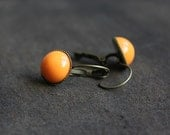 bright orange boho earring - everyday jewelry - bronze cabochon earrings - 13 mm - feminine gift for her - BelleAccessoires