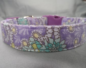 Flower Dog Collar, Green on Purple Dog Collar