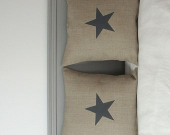 Linen cushion cover with a star