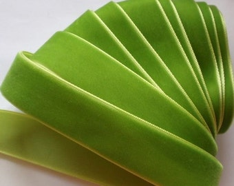 5 yards 7/8 inches Velvet Ribbon in Apple Green RY78-053