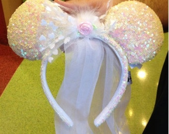 Disney Minnie Mouse Bride Headband Ears with Veil