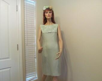 1950's Sleeveless Wiggle Dress in Spring Green