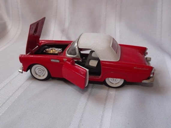 Superior Die Cast 1955 Ford Thunderbird Red with White Top SS5718