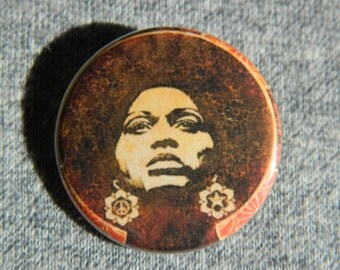 """Angela Davis """"power to the People"""" Button/Magnet/Bottle Opener"""