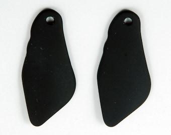 2pcs (48X22mm) Black Shard Large Recycled Sea Glas Pendant Bead - 2 Pieces