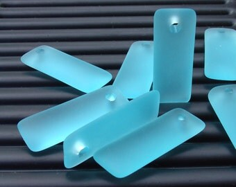 2pcs (32x12mm) Turquoise Bay Rectangle Puffed Recycled Sea Glass Pendant Bead - 2 Pieces