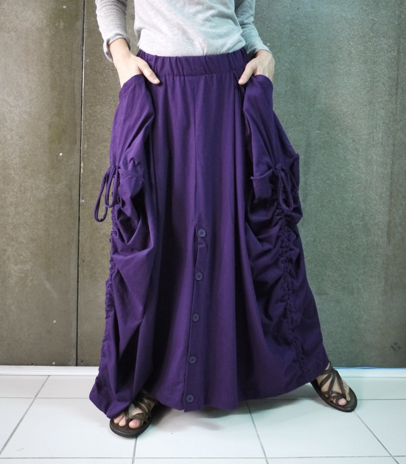 Women's plus size clothing. Cute trendy plus boho dresses, shirts, plus sized jeggings + accessories. Clothing for curvy beautiful women. Plus sized clothes.