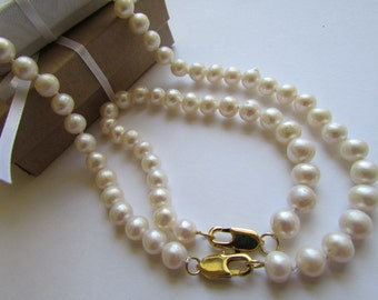 set of Pearl- Bracelet and Pearl Necklace,White Fresh Water Pearl,Pearl  necklace,  Pearl Bracelet