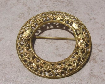 Vintage Jewelry- Gold Filigree Circle Pin   Price REDUCED
