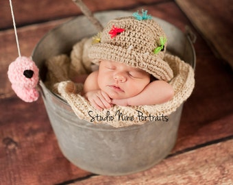 Gone fishing Girls FLY FISHING Bucket Hat Crochet Fisherman Hat with PINK  SiZES Preemie Newborn 0-3month,3-6 month,6-12 month,1-3 yr,