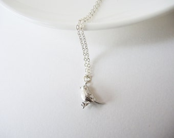 SALE: 15% OFF .. Sparrow necklace in Silver