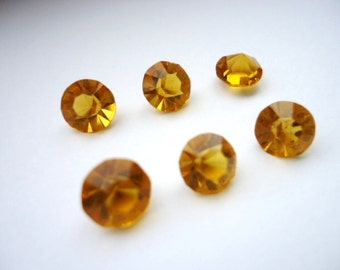 Vintage Glass Round Topaz colour Faceted Glass Non Foiled Stone chaton 7mm pointed back -Austrian 6 pieces