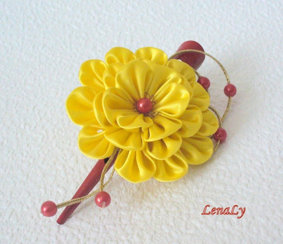 how to make kanzashi fabric flowers