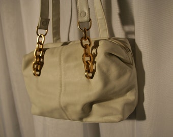 Medium Cream Leather Chain Strap Purse