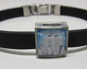 New York Twin Towers Never Forget 9-11 Awareness Link With Choice Of Colored Band Charm Bracelet