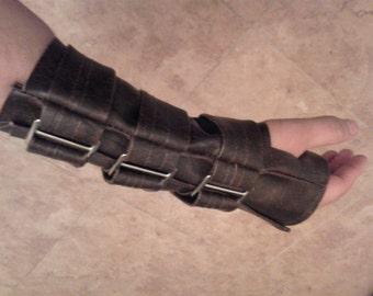 Bane Glove