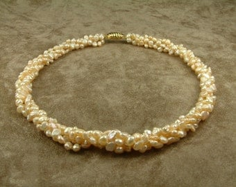 Pink Pearl Twisted Necklace