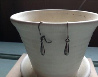 Sterling silver dangle / drop earrings