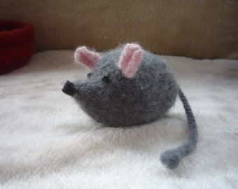 Felted Mouse.
