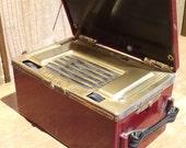 Signal Model 141 Vacuum Tube Portable AM Radio