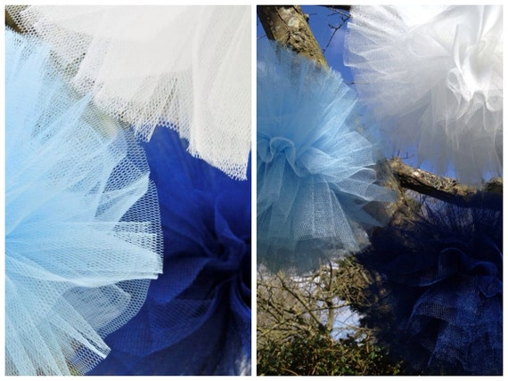 Tulle pom pom large - 16 colours available (UK)