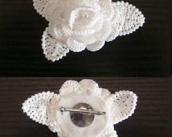 Crocheted brooch