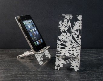 iPhone Dock Phone Stand 4 Sizes iPhone 4 iPhone 5 iPhone 6 and iPhone 6 Plus Docking Station - Floral Design Modern Lace Flower