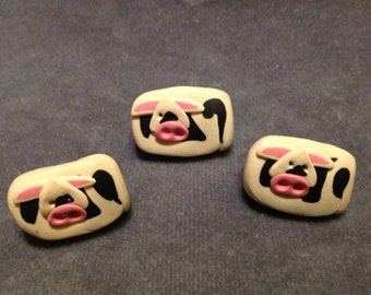 """Cow button.  Polymer clay cow buttons. 7/8"""" (23mm)  3 pcs"""