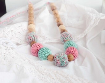 Crochet nursing necklace  - mint and pink