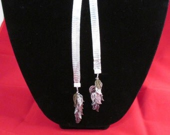 Leafy Lariat Necklace