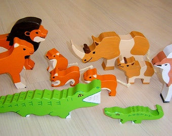 pdf patterns / tutorial for 10 different wooden animals in Waldorf style, DIY - lion, antelope, crocodile, rhino
