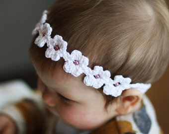 Daisy Chain headband crochet pattern