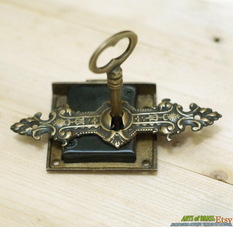 set antique key lock and skeleton keys with ancient vintage. Black Bedroom Furniture Sets. Home Design Ideas