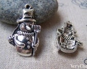10 pcs of Antique Silver Christmas Snowman Charms 16x27mm A1549