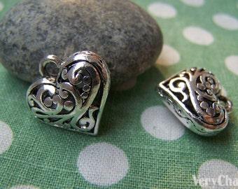 8 pcs of Antique Silver 3D Swirly Heart Pendants 20x20mm A922