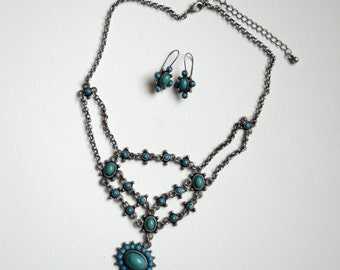 Vintage Aqua Stone With Blue Accents Necklace & Earrings Set