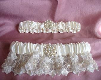 Bridal Garter in Ivory and Silver Embroidered Organza Wedding Garter Set