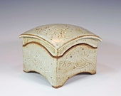 Ceramic box, hand carved, slab built, stoneware, curved lid, medium size - LauraHarmonPottery