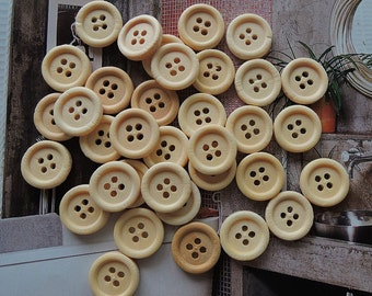 50Pcs  15mm Unfinished Natural  Wood button 4 holes No varnish  for your handmade ( W167)