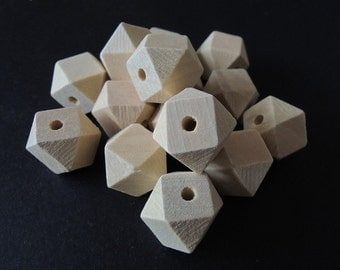 20 Pcs 15mm Faceted Wood Beads 14 Hedron Geometric Figure Wooden beads   (W172)