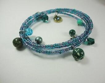 Blue-green seed bead bracelet