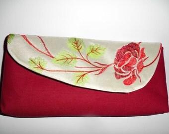 Embroidered Clutsh, bag with floral pattern pocket