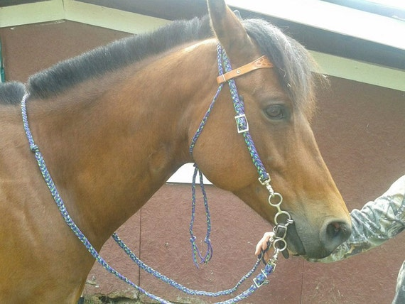 Paracord braided headstalls bridles reins and by spitfiretack for Paracord horse bridle