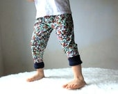 Kids Yoga Leggings Pants Flowers with Navy Blue Cuffs sizes 6Months, 12Months, 2, 3