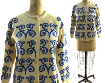 Blue Trellis Cardigan / Vintage 1950s Thick & Warm Sweater with Blue Trellis Pattern on Creme / Made in Turkey for the May Co