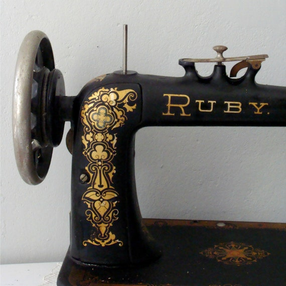 Vintage ruby black and gold sewing machine by itchinstitchin for Best home decor sewing machine