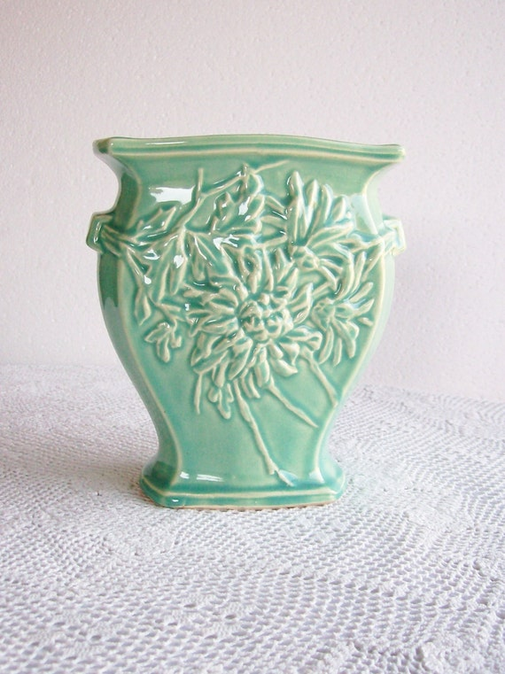 Vintage Mccoy Pottery Vase Green Mums Retro Home Decor